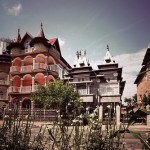The capital of Gypsy millionaires – the town of Buzesku, Romania