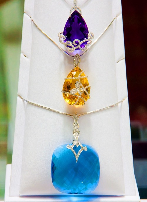 Pendants of precious stones