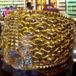 Samples of gold items in the storefront