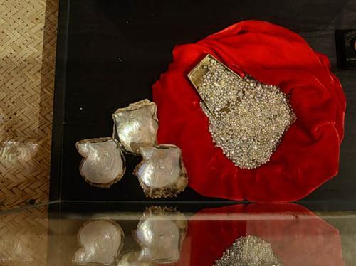 Treasure of pearls