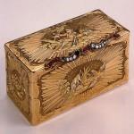Snuffbox depicting hunting scenes. Gold, diamonds, rubies, stamping, polishing. Dyukroley, Jean. France. Between 1750-1756