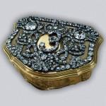 Snuffbox with the monogram of Empress Elizabeth Petrovna Gold, silver, diamonds, engraving, polishing, pouncing. Pauzie, Jeremiah.