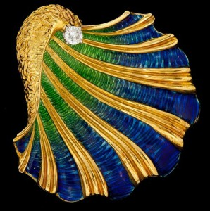 A Ladies' Seashell Gold and Enamel Brooch