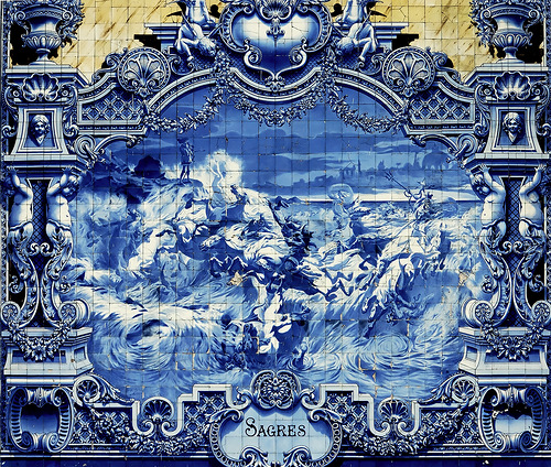 Storms and disasters, the variety of Azulejo art has no limits
