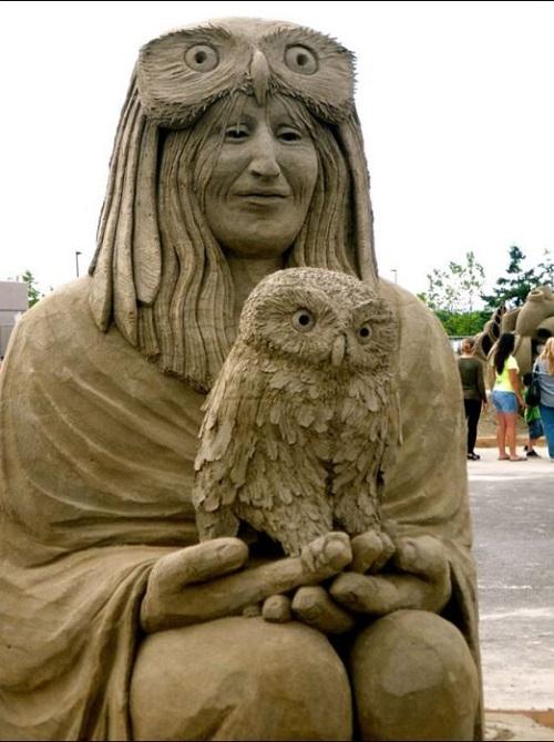 Owl inspired sand sculpture