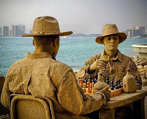 Looks very realistic and brilliant – two cowboys at the table