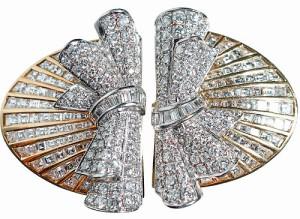 Broche doble-clip en forma