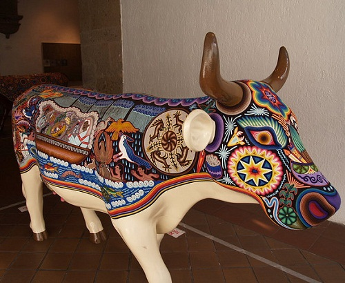 Amazing cow. Bead sculpture Huichol art