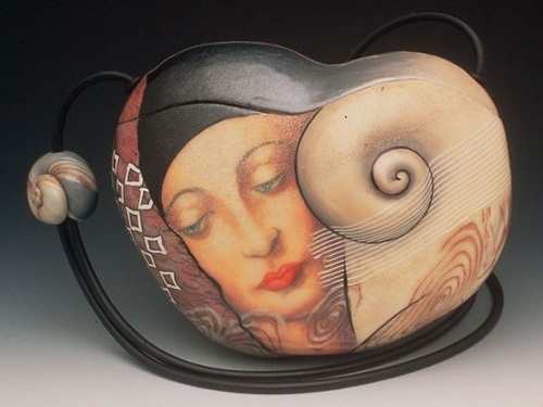 Snail. Extraordinary Evening Bags by American clay artist Kathleen Dustin