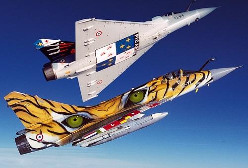 Fond d'ecran Avions 32 militaires Aircraft graffiti