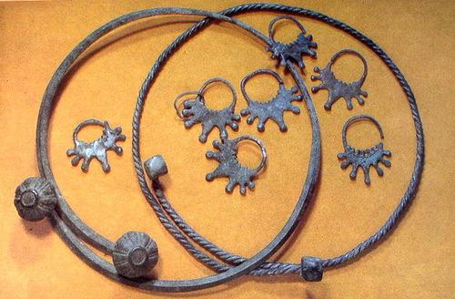 Hryvnia – cervical ring