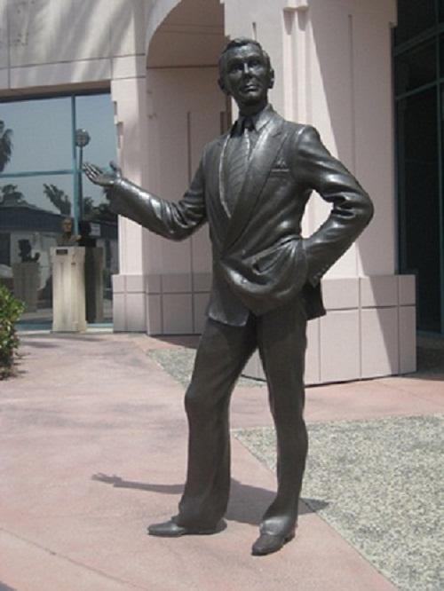 John William or Johnny Carson (October 23, 1925 – January 23, 2005)