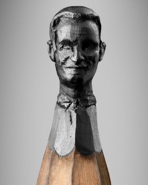 Miniature pencil heads carved into the graphite tips. German artist Ragna Reusch Klinkenberg