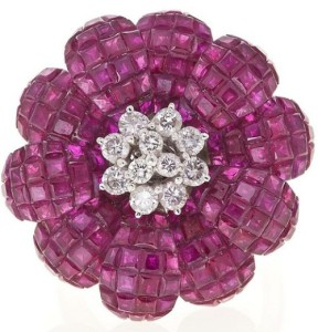 Rubies and diamond brooch