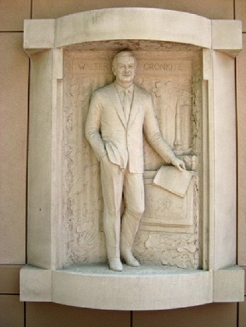 Walter Leland Cronkite, Jr. TV stars statues courtyard