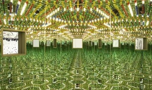 Infinity Mirror Room, art by Japanese artist Yayoi Kusama
