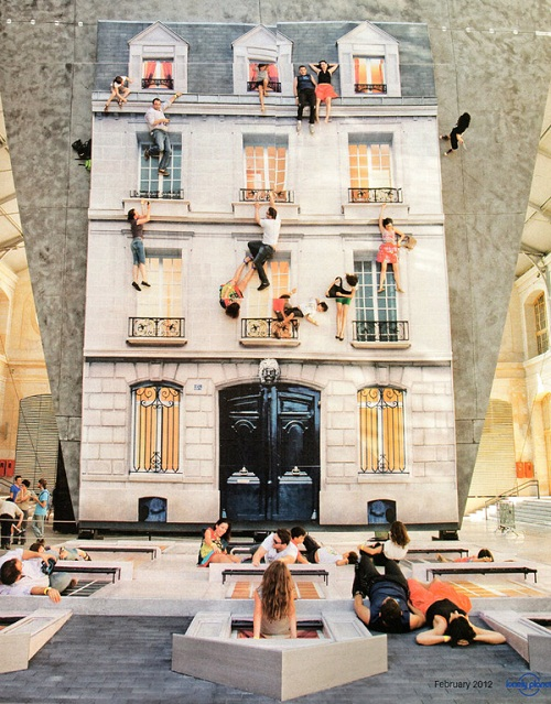 mirrored installation by artist Leandro Erlich
