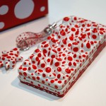 Telephone case painted red and white