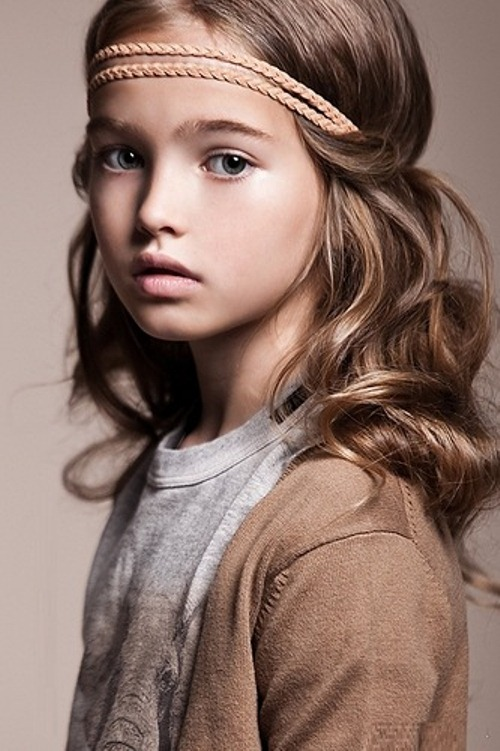 The girl's portrait. Anastasia Bezrukova, beautiful Russian 8-year-old model