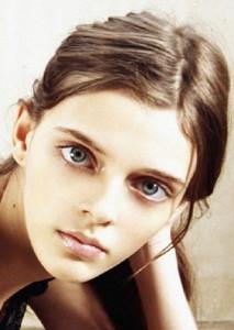 Unearthly beautiful model Masha Tyelna