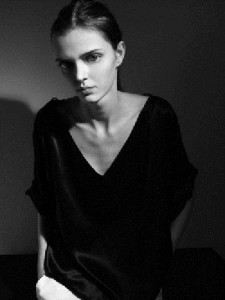Huge eyes of Masha Tyelna