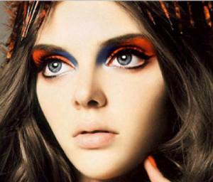 Called fashion icon, elf with big eyes, Masha Tyelna