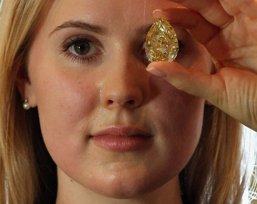 The diamond is the largest yellow pear-shaped diamond in the world, and is expected to fetch between $11-15 Million USD when it is sold at auction at Sotheby's Auction house in London