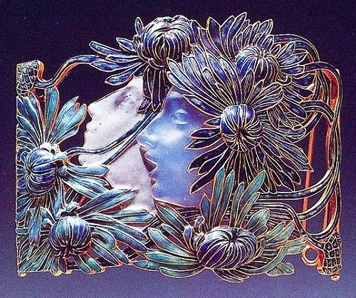 Beautiful jewelry by Rene Jules Lalique. Gold, enamel, glass, 1899-1900