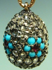 Suspension. Gold, diamonds, turquoise, garnets. Faberge, master M. Perkhin Russia, St. Petersburg, before 1898. Length of 1.6 cm Russian National Museum