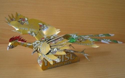 Firebird. Aluminium can sculpture by Japanese artist Macaon