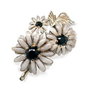 Brooch. Stones Diamonds, Spinel, enamel, Material - Gold 750