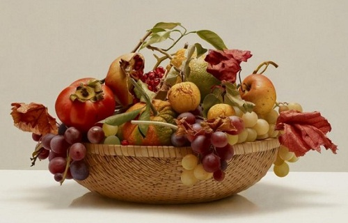 Fruit still life. Hyperrealistic painting by Italian artist Luciano Ventrone