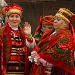 National outfits with Pavlovsky Posad Shawls