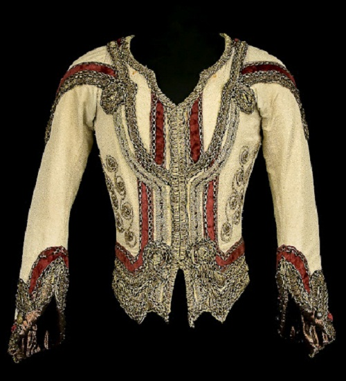 Jean de Brienne in Raymonda, Opera national de Paris, 1983. Beige silk and gold lamé doublet with velvet braid; cream silk shirt with elastic belt
