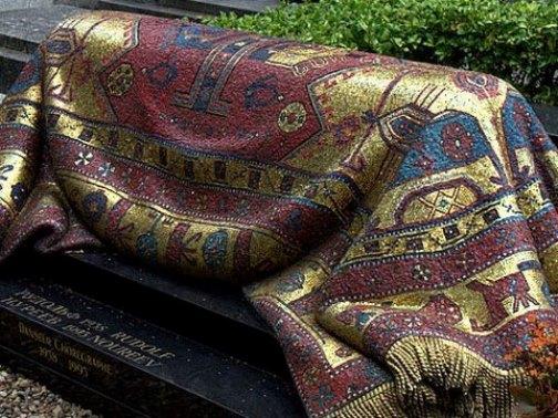 Nureyev's tomb
