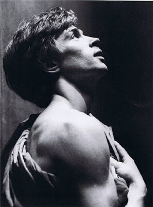 Performing Rudolf Nureyev