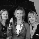 Under one umbrella, Three close female friends, 2010