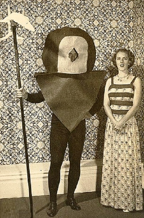 Vintage Halloween Costume Pictures.Beauty Will Save The World