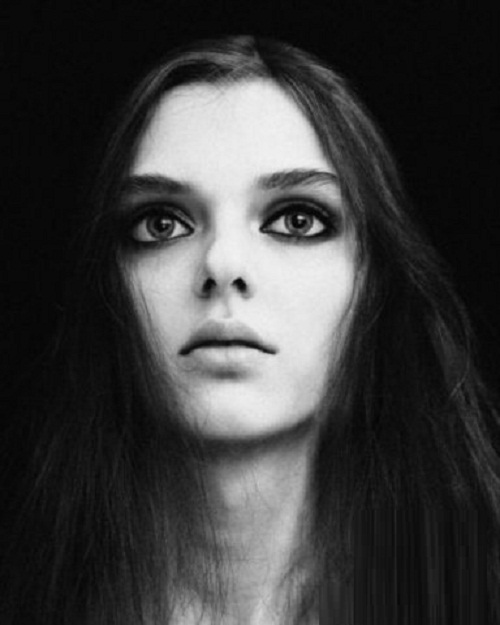 Cosmic eyes of super model Masha Tyelna