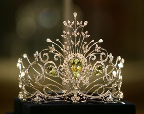 Miss Ikraine pageant crown. The company produces Diadems and Crowns for a variety of beauty contests, awards for participants of the prestigious rankings