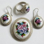 A set of Rostov finift jewellery