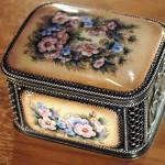 Beautifully made box, Rostov finift