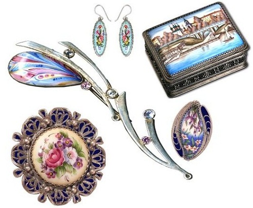 Enameled jewellery