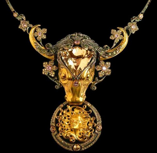 "Taras Shalashniy Jewellery art. Necklace ""the rape of Europa, 2004, gold, silver, Topaz, spinel, wine tourmalines, diamonds"