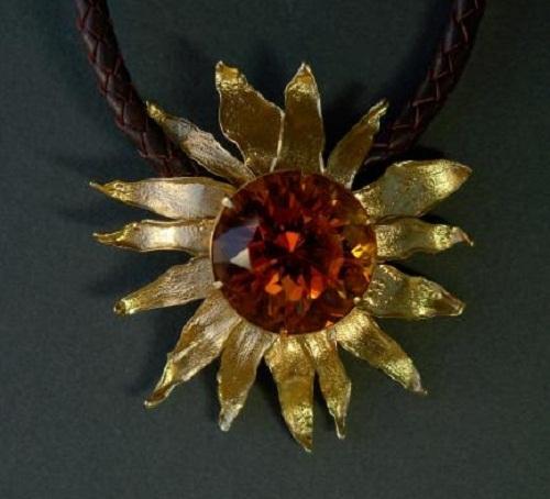 Sunflower pendant, gold, citrine