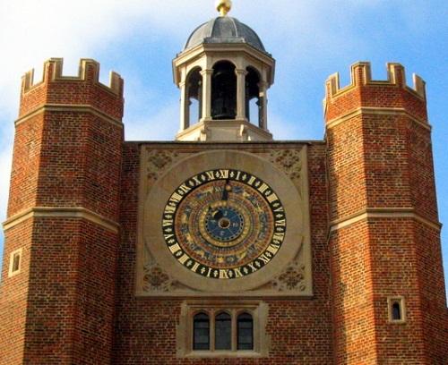 Hampton Court Palace Astronomical Clock