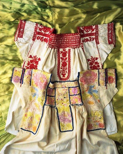 Frida's book shirts