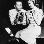 Frank Sinatra helps Jane Powell (1947)