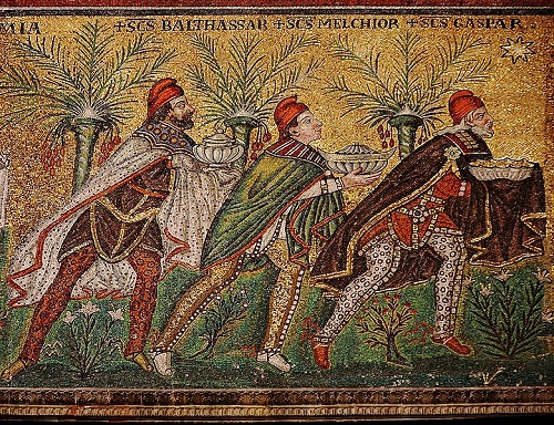 Mosaic in Sant'Apollinare Nuovo in Ravenna, VI century over the heads of the Magi can be read their names