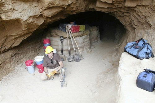 Rene Vellanoweth, of Cal State-Los Angeles, shows a cave he has identified on San Nicolas Island where he believes Juana Maria, the Lone Woman of San Nicolas famous from Island of the Blue Dolphins, lived for 18 years